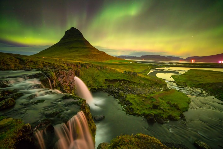 northern-lights-in-iceland_11